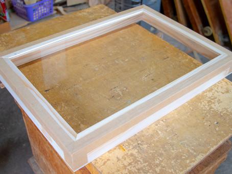蓋が透明な茶箱