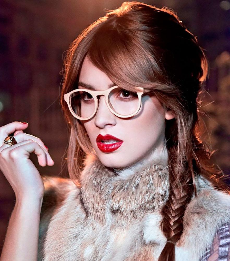 Все фото девушек в очках