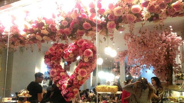 בית קפה בלונדון - הכי רומנטי שאפשר