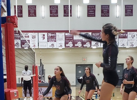 Lady Wildcat Volleyball outlasts Heritage