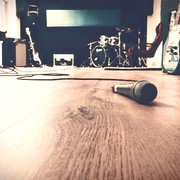 Music rehearsal spaces and the web