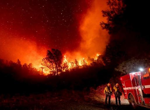 California amanece con un cielo naranja producto de los incendios