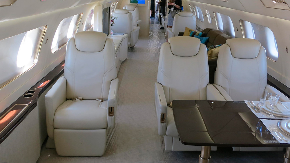 Interior de avión.