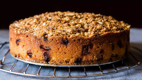 ALMOND CRUMBLE CAKE
