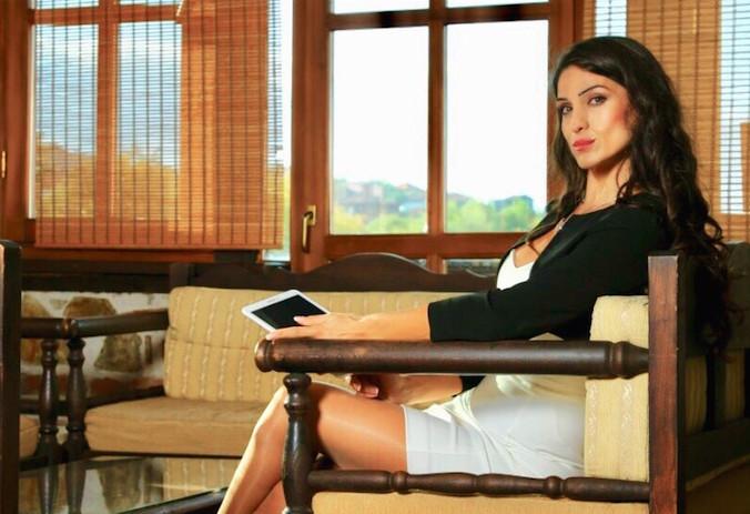 Дина Муцунска - ко-основоположник и генерален менаџер во семејниот бизнис, Хотел Манастир 4*, Берово