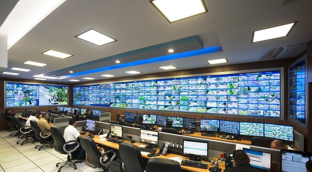 Centro de monitoreo y control