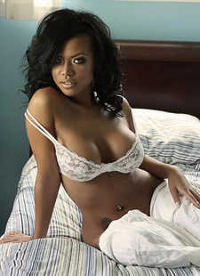 Sexy Ebony Melanie Elyza