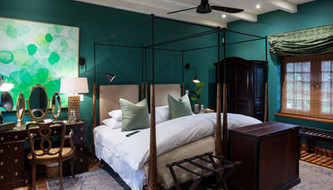 Award-winning Luxury Boutique Hotel AKADEMIE street offers Summer stays at exclusive Winter rates.