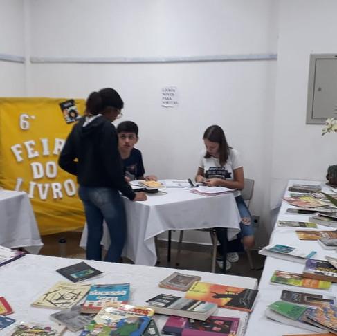 Foi realizado com Sucesso a 6ª Edição da Feira de Troca de Livros e Atividades Pedagógicas