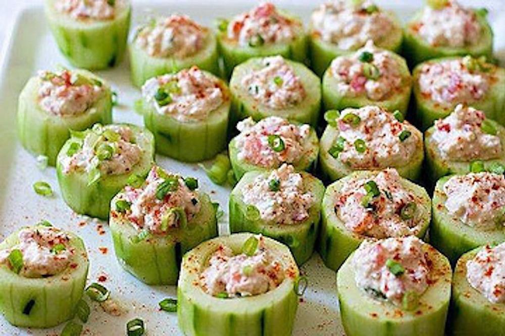 Okurkové jednohubky s tuňákem