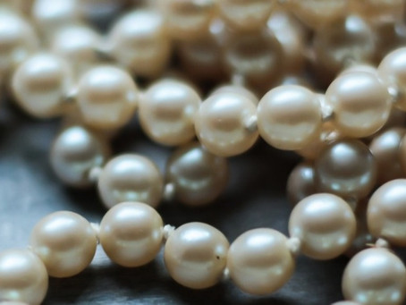 Pearls!  Natural and Cultured: What's the Difference?