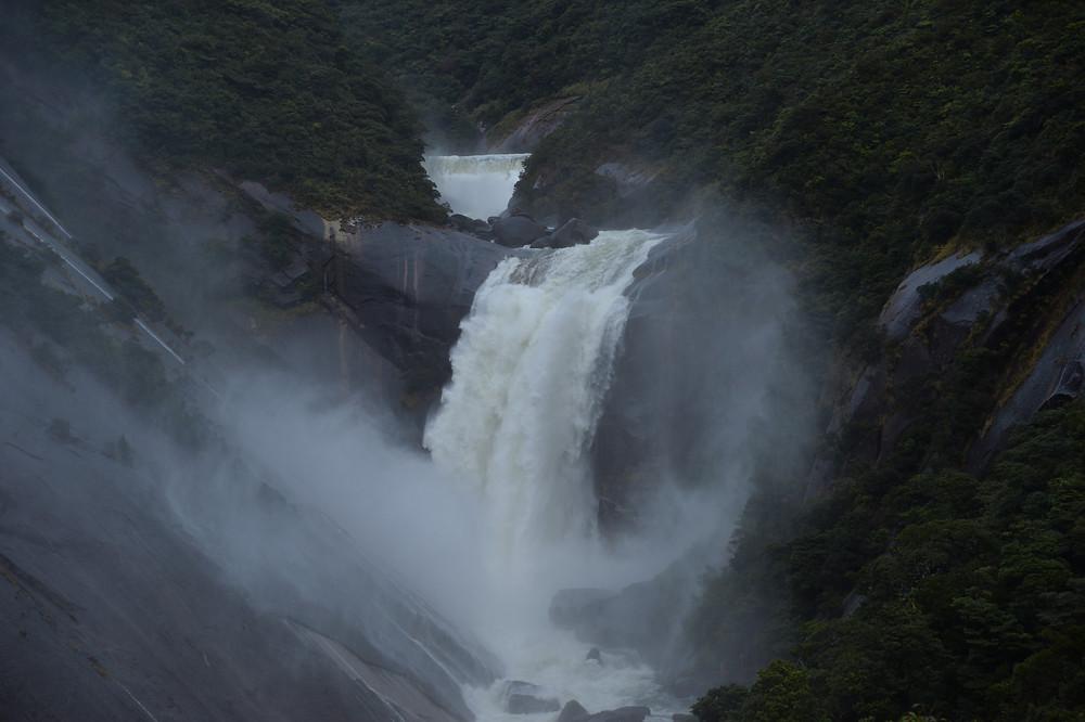 屋久島の大雨で、川や滝は迫力満載!