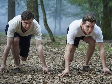 Dica de filme: Conheça a história de dois irmão que revolucionaram o calçado esportivo.