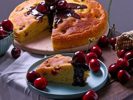 Ukusni kolač s kefirom i trešnjama - Delicious cherry kefir cake