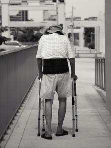 WALKING FRAME