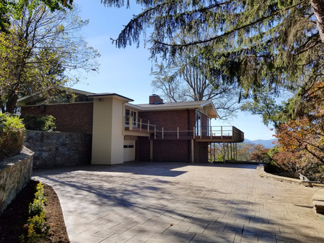 92 Horizon Hill Road, Asheville NC 28804 - amazing views from the pool