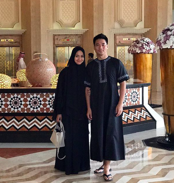 Rini Yulianti dan Michael Ha ibadah Umrah, Hotel Inter Continental, Jeddah, Saudi Arabia