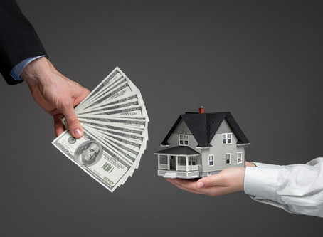 Should You Downsize Your Home Before or After Retirement?