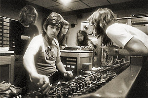 Alan Parsons with Pink Floyd Members promo pic, Crossfire Radio special