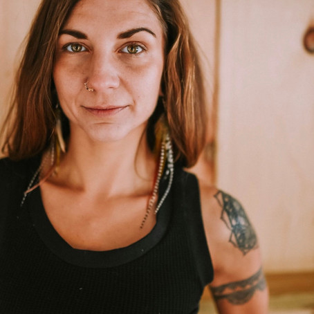 Rebel, Risk-Taker & Entrepreneur : Interview with Kelly Benson of Mindful Earth