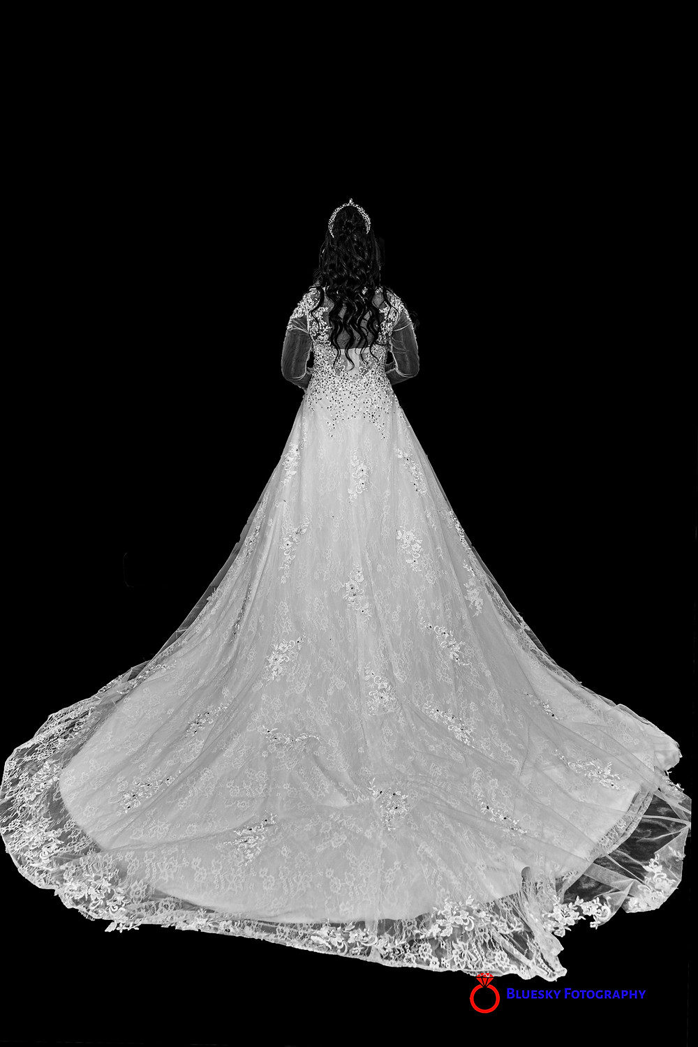 Bridal gown in black and white
