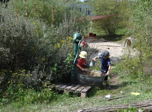 Das Kind führt die Eltern - Kindergarten St. Wendel