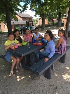 Nieuwe picknicktafels