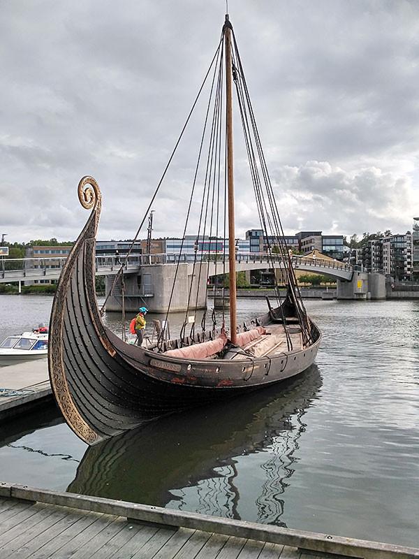 Ладья викингов в Тёнсберге