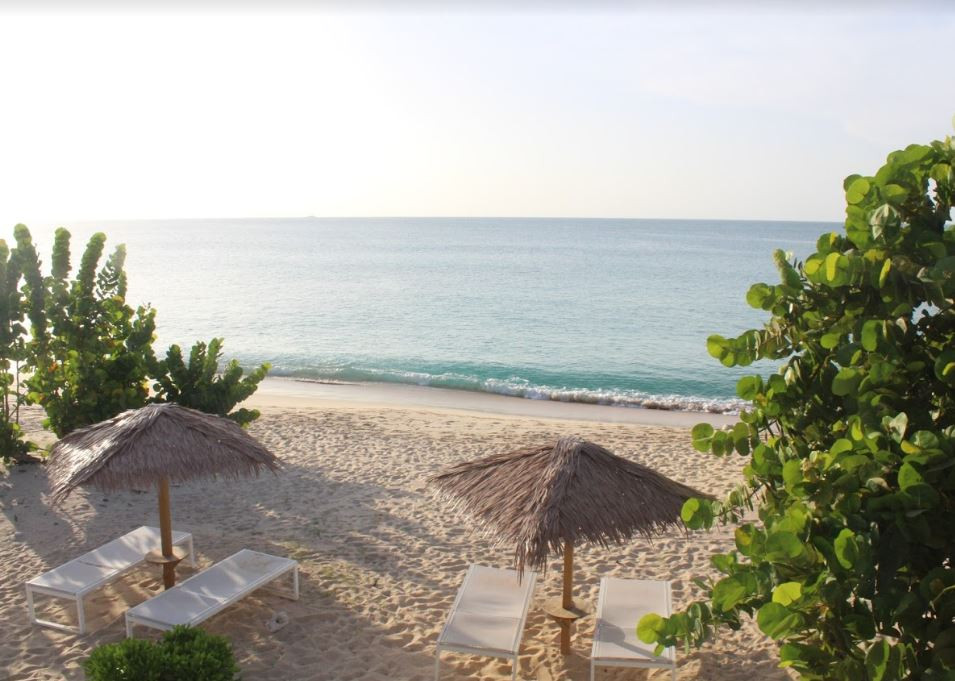 Romantic resorts in Antigua