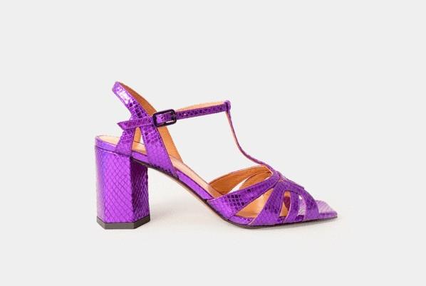 La sandale Maria de la collection PE 2020 est emblématique de la collection de Gordana: audacieuse, élégante et féminine