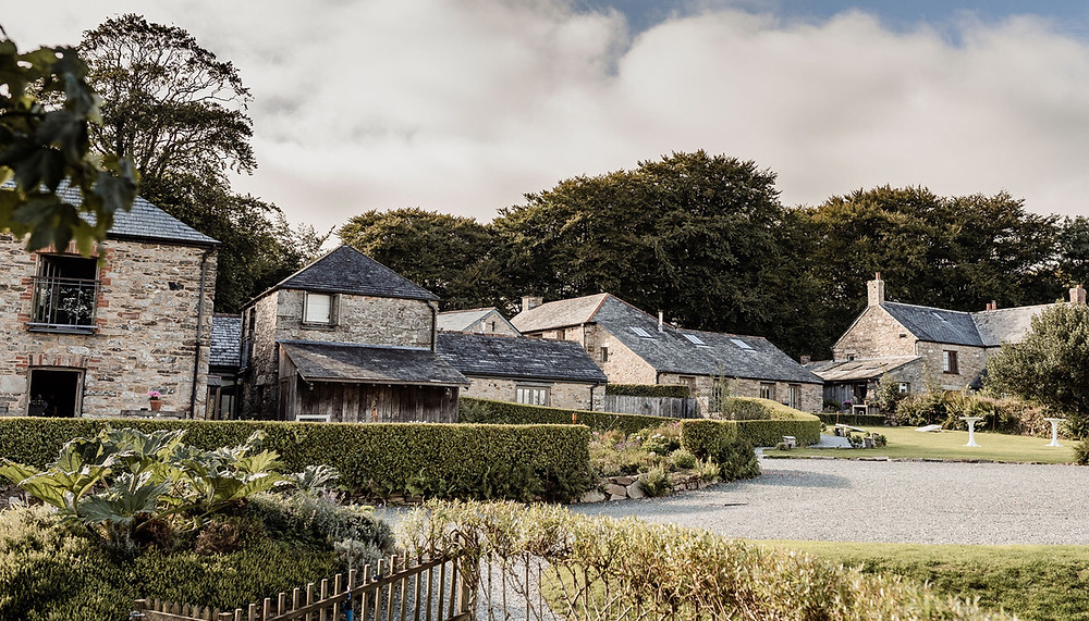 Cornwall wedding venue - Trevenna Barns
