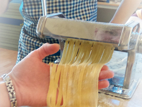 Jak zrobić domowy makaron...?