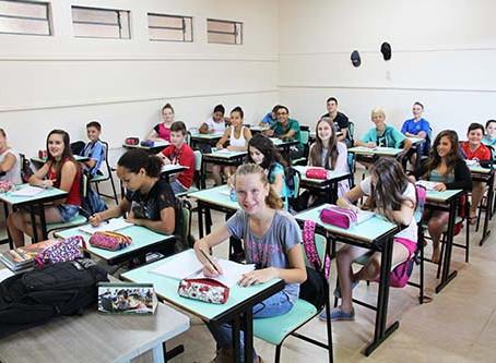 Estudantes retornam às aulas com novidades