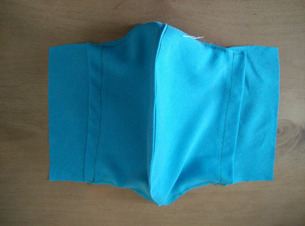 Lining with pocket for filter