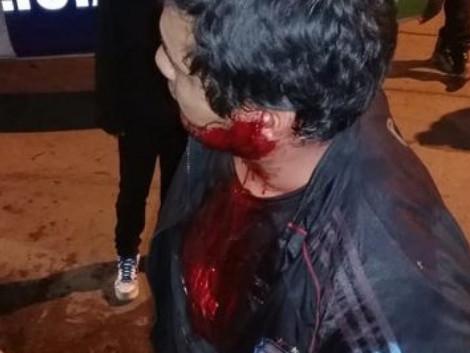 #BsAs Pasajeros de colectivo linchan a un delincuente [VIDEO]