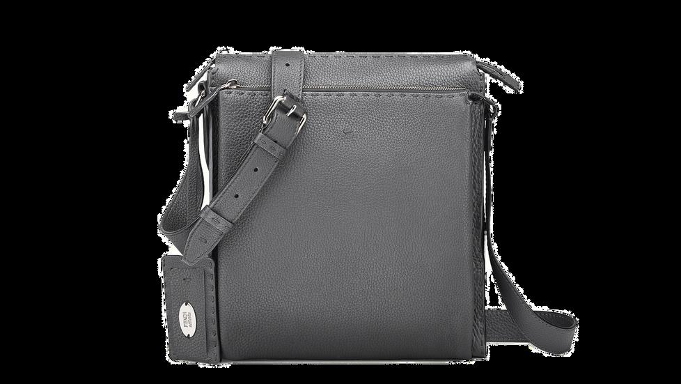 """تعرف على أنواع حقيبة الرسول""""الماسنجر باغ"""" The Messenger bag"""
