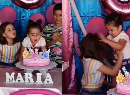 Esta es la historia de las niñas del vídeo viral del cumpleaños 🎂🥴