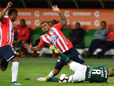 Palmeiras 3, Junior se fue en blanco
