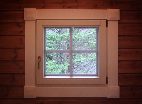 表情のある窓