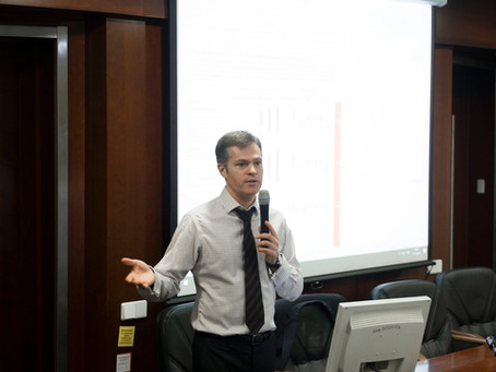 "Старший менеджер L'Hermitage Private Banking провел 13-ю лекцию курса ""Лабиринт финансовой жизни"""
