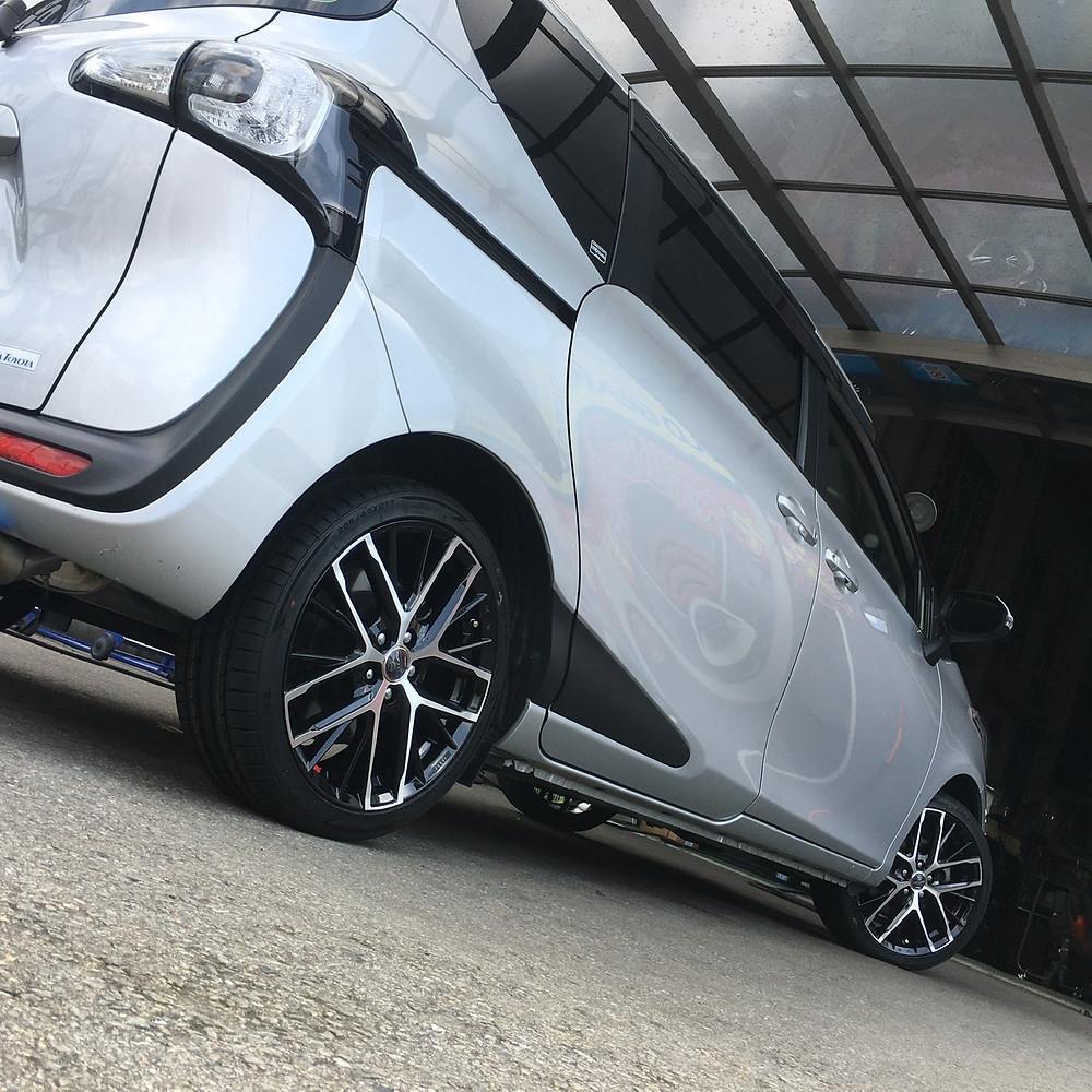トヨタ シエンタ 170系 共豊コーポレーション スマック レヴィラ 17インチ メッシュ ミニバン インペリアル