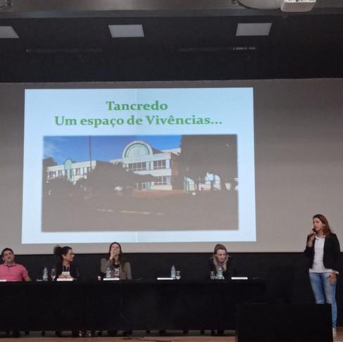 PARTICIPAÇÃO DA ESCOLA NO III SEMINÁRIO INTERNACIONAL DE DIREITO