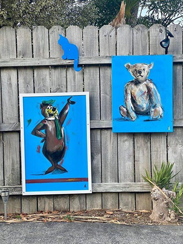 今天油漆柵欄,不小心漆桶撒了,弄身上不少。你問哪個藍色貓?沒有啊,我們家只有一支白貓。