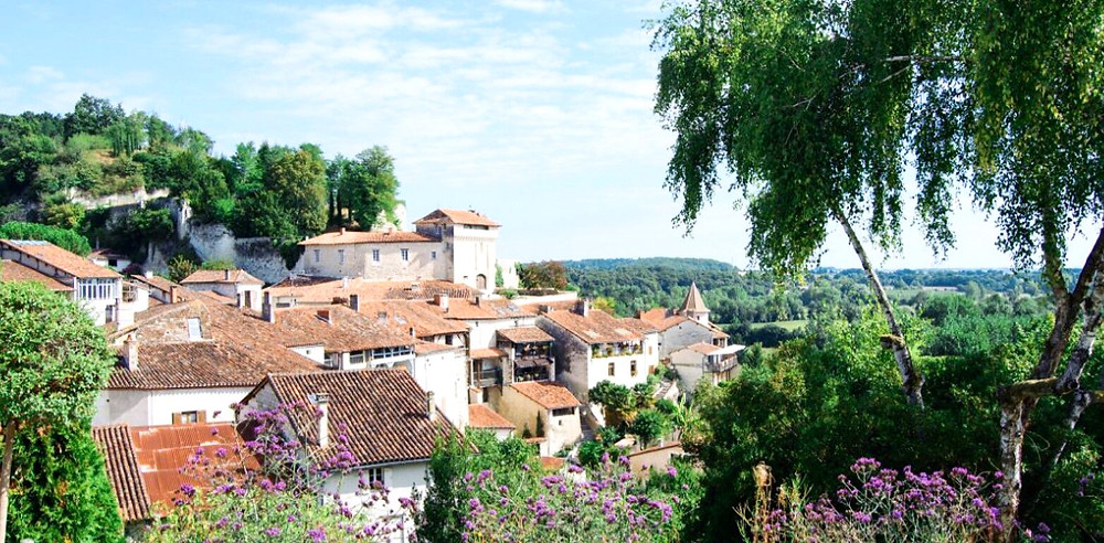городок-Chalais-регион-NewAquitaine.