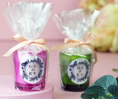 Wedding Library recommended wedding favour candles