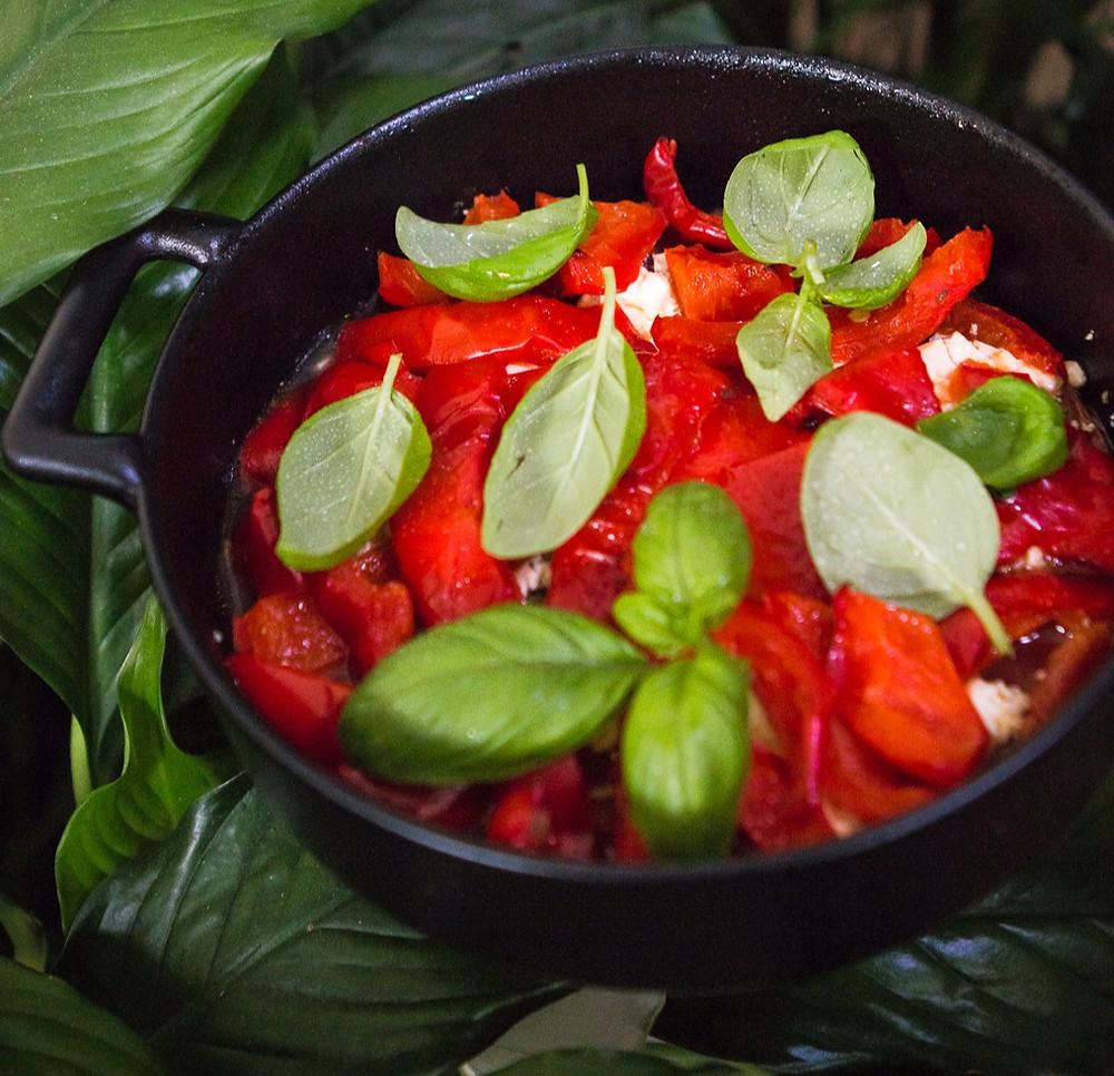 Graikiškas pomidorų ir paprikų apkepas su feta, vmg receptas