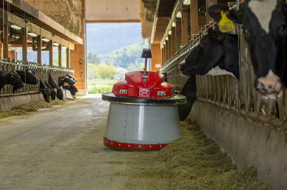 Lely Juno 100 Automatic Feed Pusher