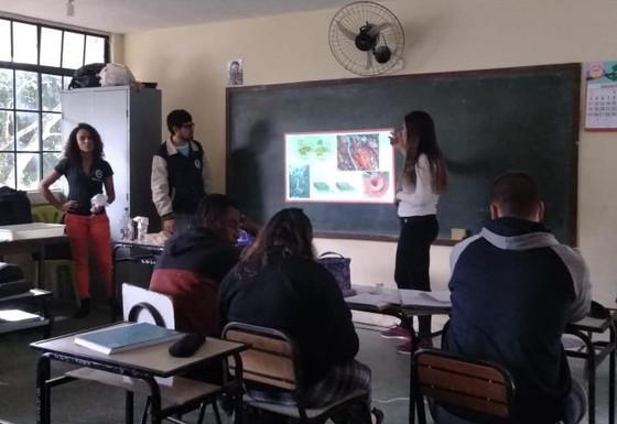 Projeto de Popularização da Geotecnia Ambiental: apresentação e atividades sobre solos