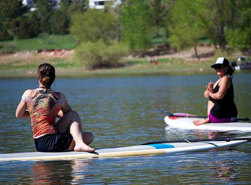 5 easy things that will help you enjoy SUP Yoga