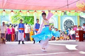 tại Lễ Hội Đình làng thôn Lựa,xã Việt Hùng Quế Võ, Bắc Ninh